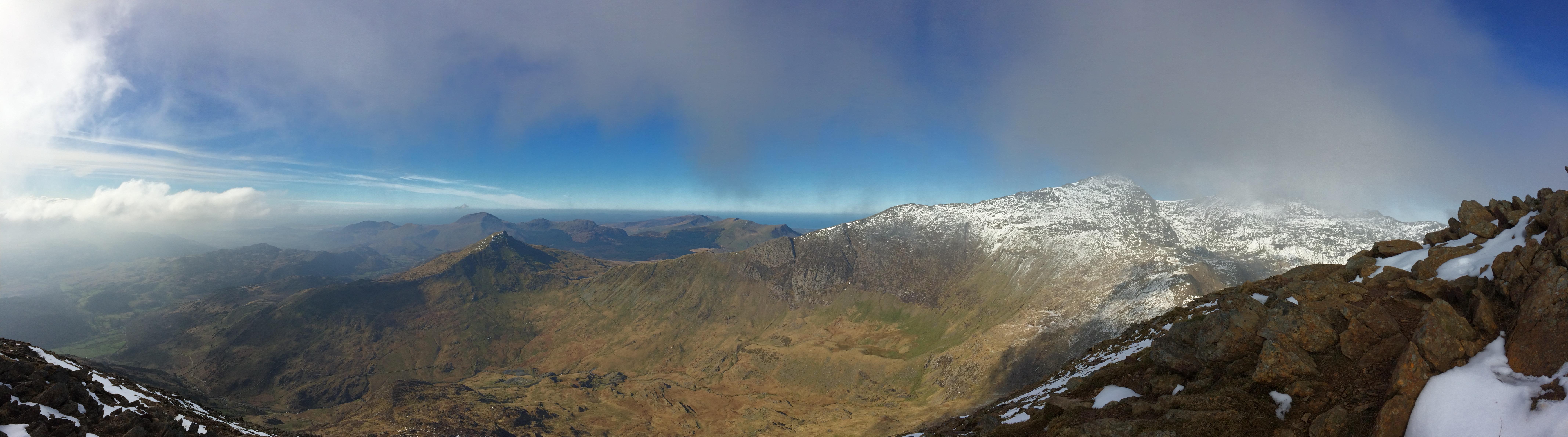Lliwedd summit panorama - SW